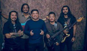 Feri Chaunecha Lyrics – The Edge Band