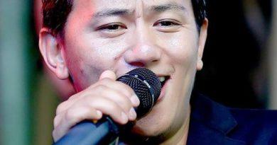Baisa Chhada Lyrics - Raju Lama (Mongolian Heart)